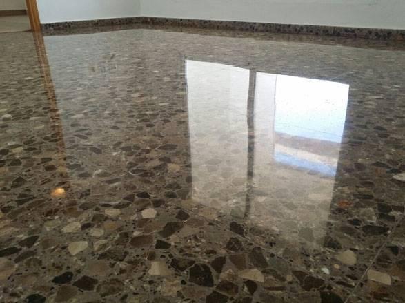Vitrificado de suelos en valencia limpiezas ventura for Pintura para suelos de terrazo